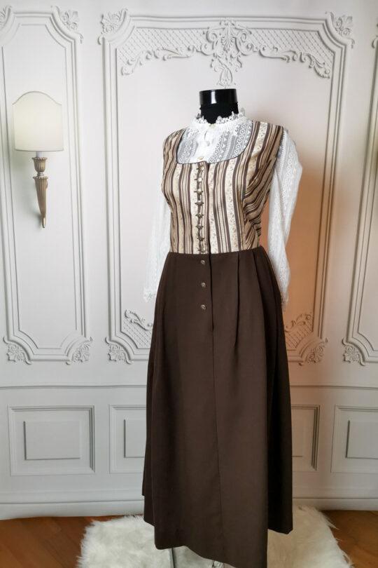 Rochie bavareză Sabina mărimea 52